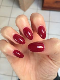 Red almond gel nails