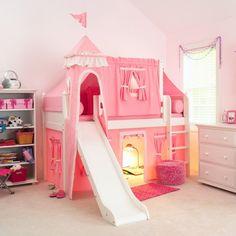 Розовый замок для детской комнаты