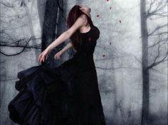 L〰beautiful gothic art Foto Fantasy, Fantasy Magic, Gothic Fantasy Art, Gothic 3, Victorian Goth, Gothic Girls, Gothic Angel, Dark Beauty, Gothic Beauty