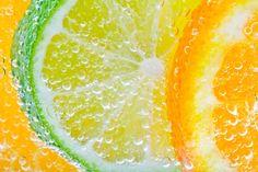 Citrus Bubbles by jvrichardson on DeviantArt Fruit And Veg, Fresh Fruit, Creative Photography, Food Photography, Photography Magazine, Citrus Essential Oil, Fotografia Macro, I Love The Beach, Grapefruit