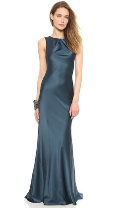 Vera Wang Collection Sleeveless Pleated Gown - simple, nice color, classy.