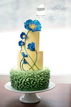 So many pretty cakes here but I love the blue poppies on this one Cake Wrecks - Home - Sunday Sweets: I'm Your Maître D' Gorgeous Cakes, Pretty Cakes, Cute Cakes, Amazing Cakes, Bolo Floral, Floral Cake, Tulip Cake, Cake Wrecks, Unique Cakes