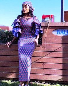 The right picture collection of 2018 latest ankara styles for ladies. Every woman deserves to rock the latest ankara styles of 2018 Ankara Long Gown Styles, Ankara Styles For Women, Latest Ankara Styles, Latest African Fashion Dresses, African Print Dresses, African Print Fashion, Africa Fashion, Ankara Fashion, African Prints