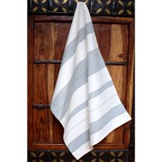 Hydrangea Artisan Woven Kitchen Towel (India) - Overstock Shopping - Great Deals on Sustainable Threads Kitchen Linens