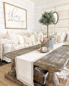 It's Monday my friends! Hope you all are having a great start to your week. I'm planning to put together a gift guide for you all so head… Country Living Decor, Country Farmhouse Decor, Glam Living Room, Living Room Decor, Shabby Chic Lounge, Cosy Interior, Beach House Decor, Living Room Inspiration, Cozy House