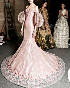 Guo Pei Couture Spring 2017