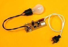 Sin necesidad de levantarte, ahora tienes la posibilidad de apagar la luz con un aplauso!! http://www.ritsasv.com/2016/03/03/interruptor-de-sonido-apaga-la-luz-por-medio-de-aplausos/
