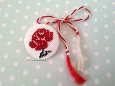 123 Cross Stitch, Cross Stitch Designs, Needlepoint, Diy And Crafts, Crochet Earrings, Projects To Try, Homemade, Traditional, Embroidery
