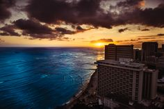 Waikiki Beach view from the Hyatt Regency - White Frame Photography - Brad HUghes