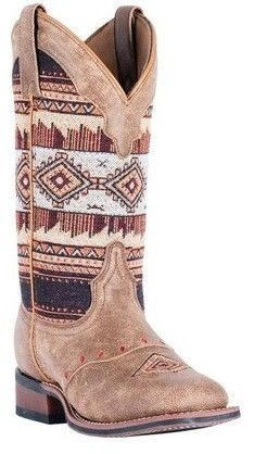Laredo Women's Scout Broad Square Toe Cowgirl Boot 5638 Cute Cowgirl Boots, Boho Boots, Cowboy Boots Women, Cute Boots, Western Boots, Western Style, Western Wear, Danse Country, Mode Country