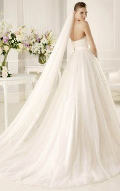 Miraculous A-line Floor-length Appliques Wedding Dress, Elegant Dresses