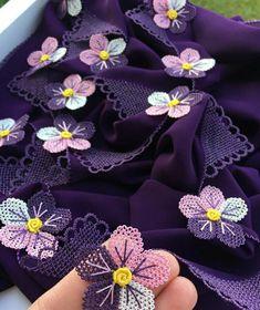 Embroidery, Jewelry, Needle Lace, Flowers, Cloth Flowers, Pattern, Needlepoint, Jewlery, Bijoux