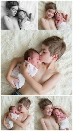 MN newborn photographer Sibling photos!