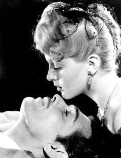Lana Turner and Clark Gable for Honky Tonk.