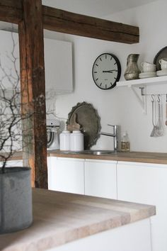 Would love these wooden beams in my kitchen but no chance in hell it's going to happen. A girl can dream can't she?