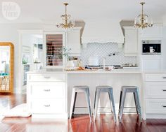 Design Carolyn Walsh in House tour: Jillian Harris' eclectic romantic dream home Style at Home May 15 Jillian Harris, Home Design, Home Exchange, Cuisines Design, Home Fashion, Beautiful Kitchens, Home Interior, Style At Home, Interiores Design