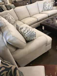Furniture in Knoxville - Sectional Sofas - Custom Furniture - Home Décor - Home Interiors - Knoxville Interior Design - The Design Center at Braden's
