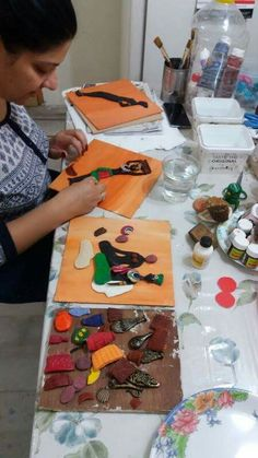 Canvas Art Projects, Clay Art Projects, Clay Crafts, Arte Tribal, Tribal Art, African Crafts, African Art, Art N Craft, Craft Work