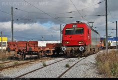 RailPictures.Net Photo: CP 5627 Caminhos de Ferro Portugueses Siemens CP 5600 series at Fundão, Portugal by J.C.POMBO
