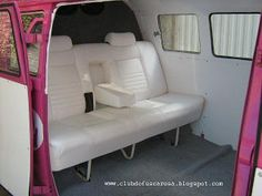 Club do Fusca Rosa: Kombi Rosa Kombi Interior, Vw Vanagon, Bus Life, Vw Vans, Vw Camper, Motorhome, Ph, Love Seat, Design