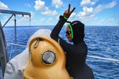 Как передовая женщина Востока  #заплыв#океан #большойбарьерныйриф#австралия #ocean #insta #outfit #australia #instalike #swim#instalove #lady#look #lookoftheday #black#dive#diving#divingboard #reef#coral#greatbarrierreef by zhanna_photo http://ift.tt/1UokkV2