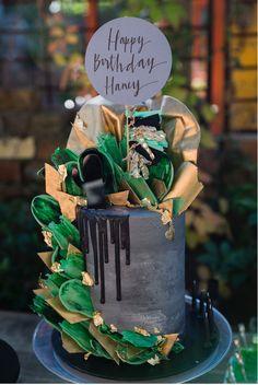 Cactus party 🌵 green thumb