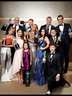 Cast of modern family SAG awards 2014