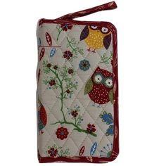 Rustic Ranch Quilted Crochet Hook Case with hard inner layer Dimensions: x x Colour: Cream with Owl Pattern Crochet Hook Case, Crochet Hooks, Knit Crochet, Owl Patterns, Knitting Accessories, Crochet Gifts, Gifts For Kids, Ranch, Rustic