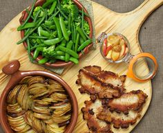 Pork steaks with apple chutney and thin cut roast potatoes Pork Steaks, Apple Chutney, How To Cook Potatoes, Green Beans, Madness, Roast, Gluten Free, Yummy Food, Vegetables