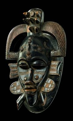 """Africa Mask """"kpelie"""" from the Senufo people of Ivory Coast Light brown wood, with shiny blackish brown patina Africa Art, West Africa, Africa Painting, Art Rupestre, African Sculptures, Art Premier, Masks Art, African Masks, Totems"""