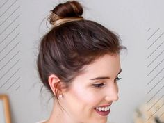 40 Instant Bun Tutorials For Last Minute Office Calls - Hair Styles Short Shaved Hairstyles, Round Face Haircuts, Hairstyle Look, Cute Hairstyles For Short Hair, Easy Hairstyles, Updos Hairstyle, Short Haircuts, Wedding Hairstyles, Simple Updo Tutorial