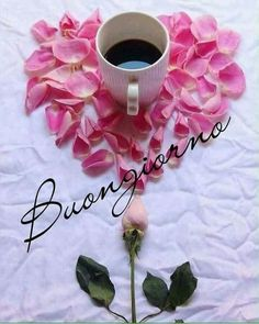 BEATRICEGIULI@GMAIL.COM..Il caffè è pronto, Buongiorno e Buona Settimana a tutti! Sunday Morning Quotes, Good Morning Greetings, Good Morning Good Night, Happy Birthday Messages, Birthday Greetings, Italian Greetings, Italian Memes, Vintage Shabby Chic, Heart Art