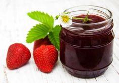 Jahodový džem s červenou řepou - Babinet.cz Chocolate Fondue, Pudding, Desserts, Food, Meal, Custard Pudding, Deserts, Essen, Hoods