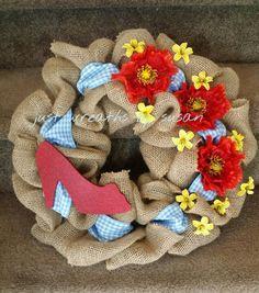 Wizard of Oz Wreath, Dorothy Wreath, Red Ruby Slippers wreath - pinned by… Diy Wreath, Burlap Wreath, Wreaths, Wreath Ideas, Glitter Paint, Red Glitter, Cute Crafts, Diy Crafts, Burlap Crafts