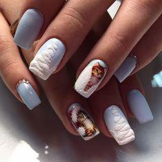 Мастер @glamournails_by_olgamozhaeva #nail_master_russia #nailart #красота #красимподкутикулой #дизайнногтей #дизайнногтейспб #росписьногтей #стразы #шеллак #гельлак #идеальныеблики #идеальныйманикюр #блики #shellac #gelpolish #nail #nails #nailart #manicure