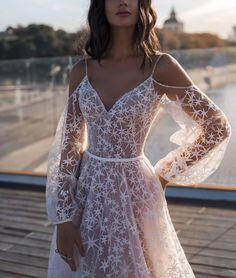 Elegant Star Appliques Chic Wedding Dress - Source by - Chic Wedding Dresses, Elegant Wedding Dress, Bridal Dresses, Big Prom Dresses, Elegant Gown, Halter Dresses, Custom Wedding Dress, Wedding Dress Accessories, Elegant Chic