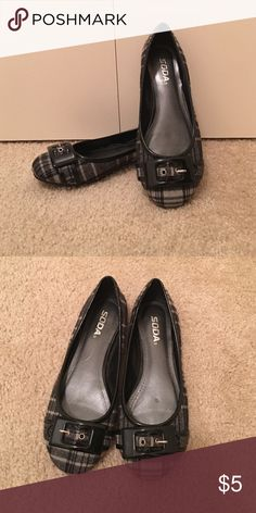 Soda flannel patterned flats Flannel patterned black and grey flats with black buckle detail. Excellent used condition. Soda Shoes Flats & Loafers