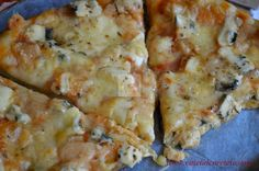 CAIETUL CU RETETE: Pizza Quatro Formaggi Pizza Recipes, Vegetarian Recipes, Wood Fired Pizza, Oven, Cheese, Buffet, Food Ideas, Favorite Things, Sweets
