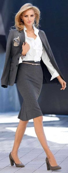 Outfits fashion for women 2019 - dress for success outfits . - Outfits fashion for women 2019 – dress for success Outfits fashion for wome - Business Attire For Young Women, Summer Business Attire, Formal Business Attire, Work Attire Women, Business Professional Attire, Office Outfits Women, Stylish Work Outfits, Professional Dresses, Business Outfits