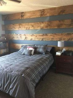 Teen Boy Bedroom Decor Elegant Wood Plank Accent Wall to Update Teenage son S Room Accent Wall Bedroom, Boys Bedroom Decor, Wood Bedroom, Girls Bedroom, Boys Bedroom Ideas Tween, Accent Walls, Diy Bedroom, Girl Room, Bedroom Furniture
