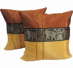 Patio Furniture Pillows Cushion Covers Ideas For 2019 Metal Patio Furniture, Hall Furniture, Patio Furniture Cushions, Patio Furniture Covers, Living Room Size, Diy Farmhouse Table, Silk Pillow, Cushion Covers, Cover Pillow