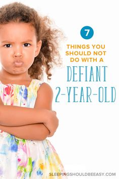Dealing with defiant behavior is never easy, especially when kids don listen or do the opposite of what you say. Learn how to deal with a defiant 2 year old and avoid these 7 big mistakes. Parenting Classes, Parenting Styles, Parenting Books, Parenting Teens, Kids And Parenting, Parenting Advice, Parenting Quotes, Foster Parenting, Parenting Issues