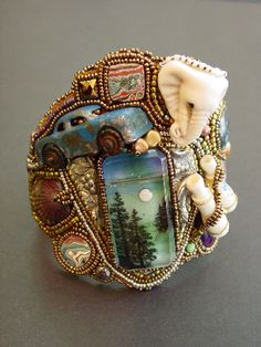 Magical beaded wonder of Heidi Kummli  and a Bruce bead in there too!  Awesome!