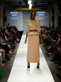 Lisof 2012 Annual Fashion 3rd Year Range Waist Skirt, High Waisted Skirt, Fashion Show, Range, Skirts, High Waist Skirt, Cookers, Ranges, Skirt