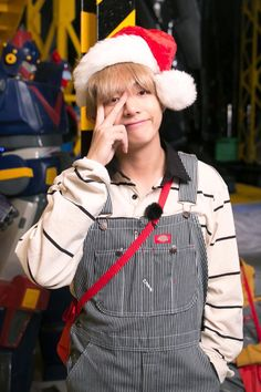 ❤️✨ #V // 171224 RUN BTS! 2017 - Epi.32 Behind the scene ~♪