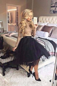 Christmas Party Outfits Work Cena navideña The holiday outfits to copy directly from your fa Mode Outfits, Fall Outfits, Fashion Outfits, Christmas Outfits, Christmas Party Dresses, Holiday Outfits Women, Holiday Dresses, Christmas Dress Women, Semi Formal Outfits For Women Parties
