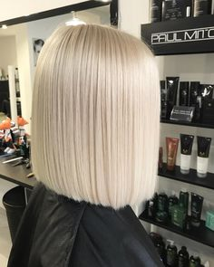 Cool blonde tones: the 5 most beautiful colors . - Cool blonde tones adorn our hair: Whether pearl blonde, champagne blonde or silver blonde – we sh - Cool Blonde Tone, Ashy Blonde Balayage, Balayage Hair, Platnium Blonde Hair, Super Blonde Hair, Light Blonde Hair, Pearl Blonde, Champagne Blonde, Short Blonde
