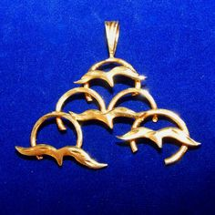 """Large 14k Gold Vintage Flying Seagulls Pendant.  See these lovely flying Seagulls at the """"Vintage Jewelry Stars"""" shop at http://www.rubylane.com/shop/vintagejewelrystars!!"""