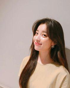 Korean Actresses, Korean Actors, Korean Beauty, Asian Beauty, Korean Drama Stars, Han Hyo Joo, W Two Worlds, Girl Photography Poses, Beautiful Asian Girls
