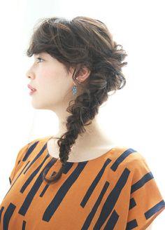 ヘアスタイル/編み込みのヘアアレンジ。